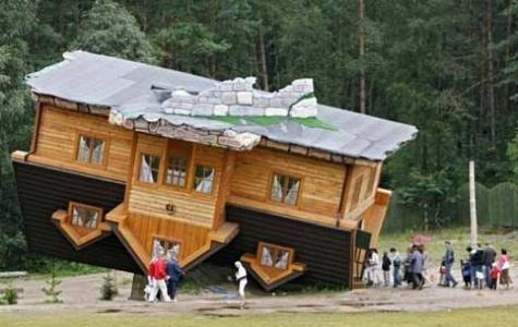 Upside-Down-House6